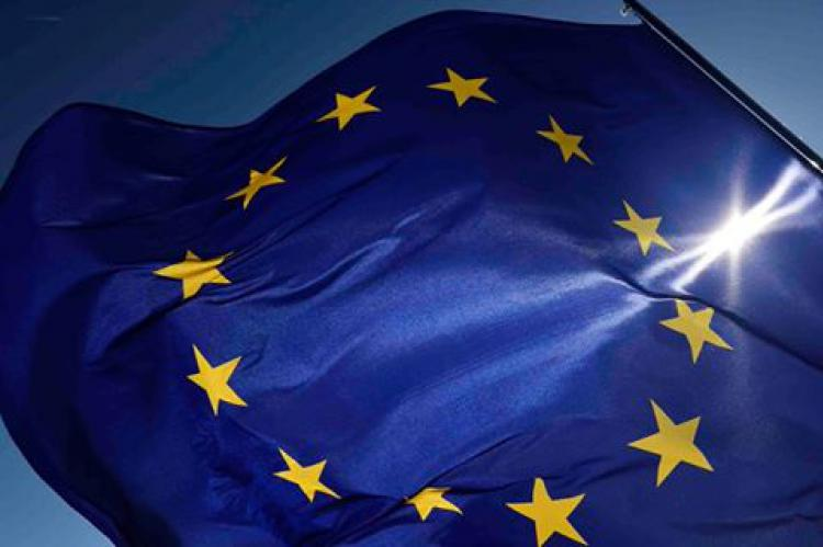 eu_flag_adele ravagnani
